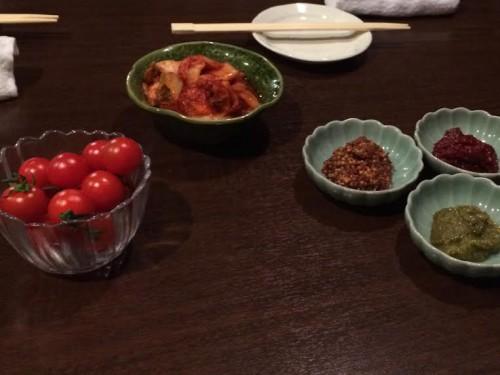 肉山 トマト
