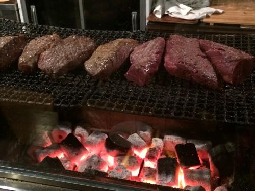 肉山 厨房