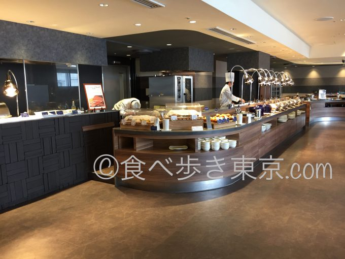 赤坂エクセルホテル東急の赤坂スクエアダイニングのビュッフェスペース