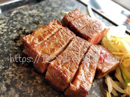 松坂牛よし田のお肉アップ